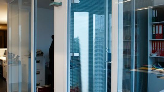 integral electronics blinds office